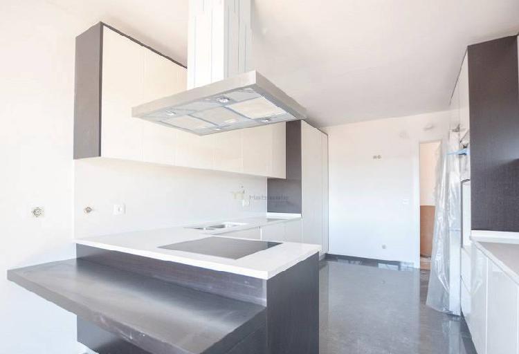 Apartamentos t2 e t3 novos nas colinas do...