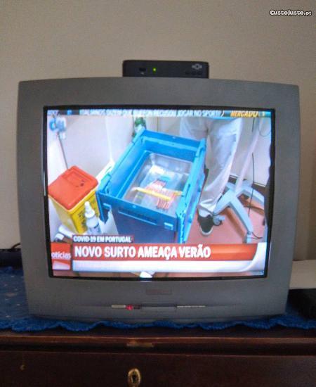 Televisão philips sem comando