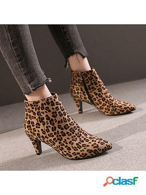 Women's fashion pointed toe boots