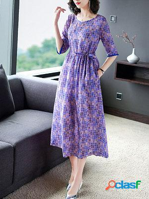 The new five-point sleeve mid-length plaid print maxi dress