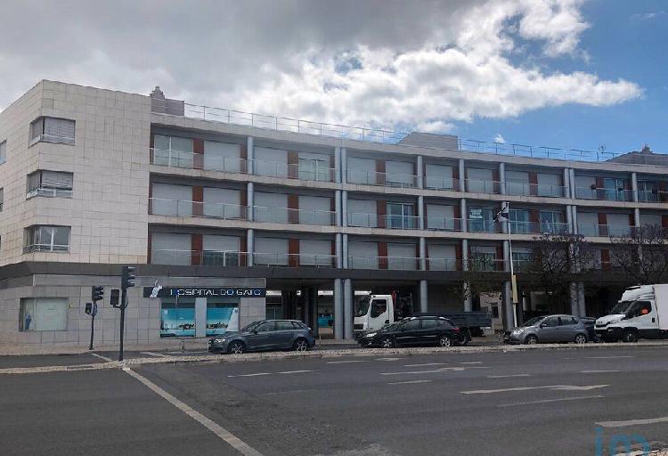 Apartamento - 167 m² - t4
