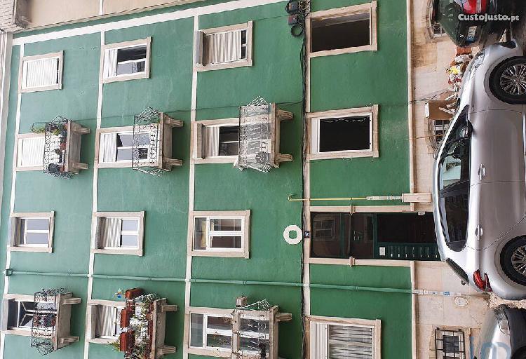 Apartamento - 71 m² - t3
