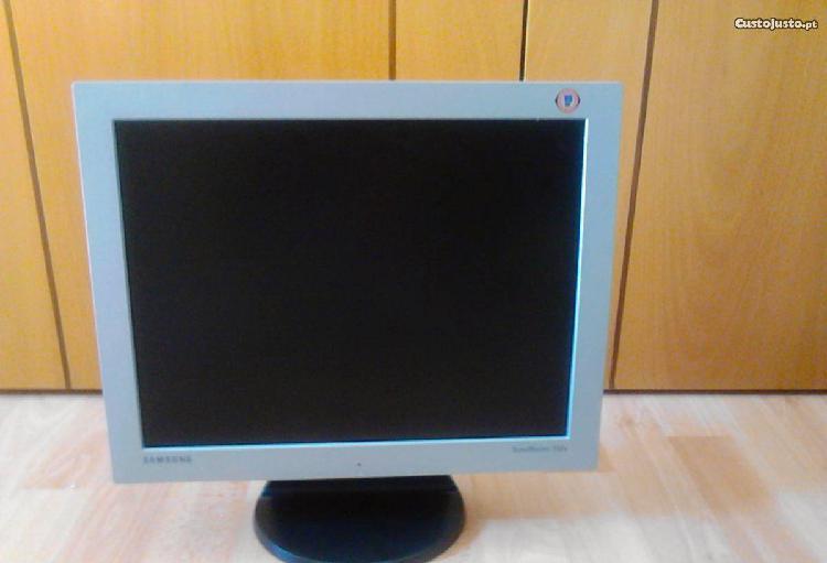 Monitor samsung 152v
