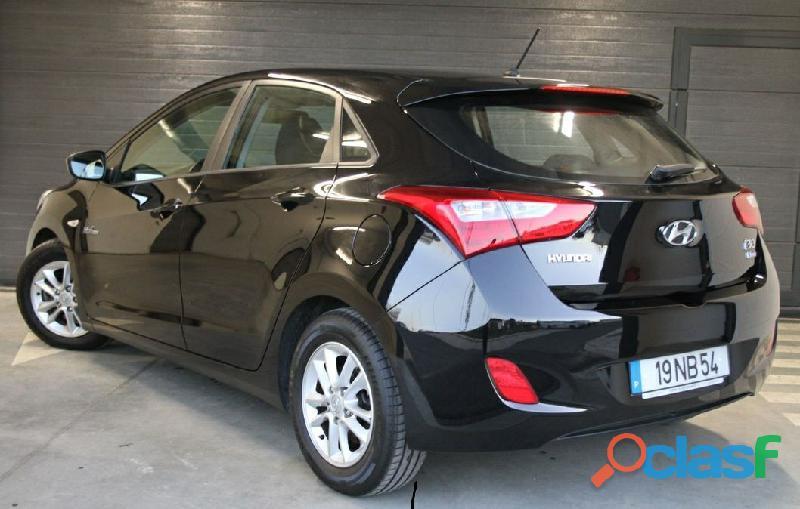 Hyundai I30 1.4 CRDi Blue Active 3200 EUR