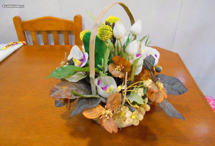 Ramos de flores artificiais