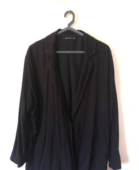 Casaco blazer stradivarius (tamanho m)