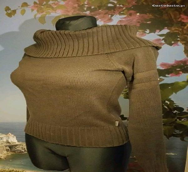 Camisola, marca zara, tamanho s, castanha, nova