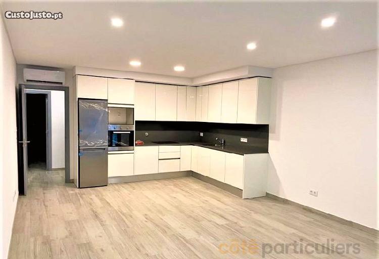 Excelente apartamento t2,quarteira, loule.