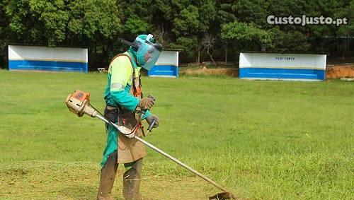 Limpezas terrenos/matas/jardins
