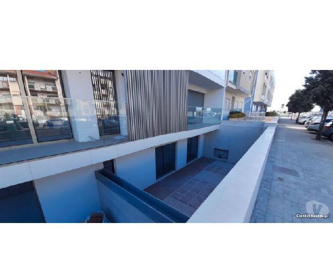 Apartamento t1 com terraço privado - novo - praia da barra
