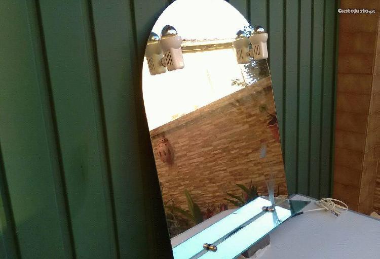 Espelho casa de banho eletrificado com flor gravad